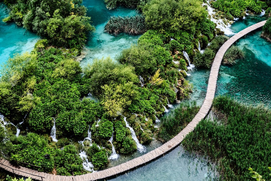 Plitvice-croatia-natural-travel-attactions